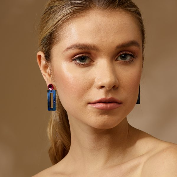 toolally_luxe_Hemmingways_petite_Abalone_earring