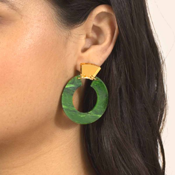 Toolally_Shift_Hoops_Jade_Lifestyle_2