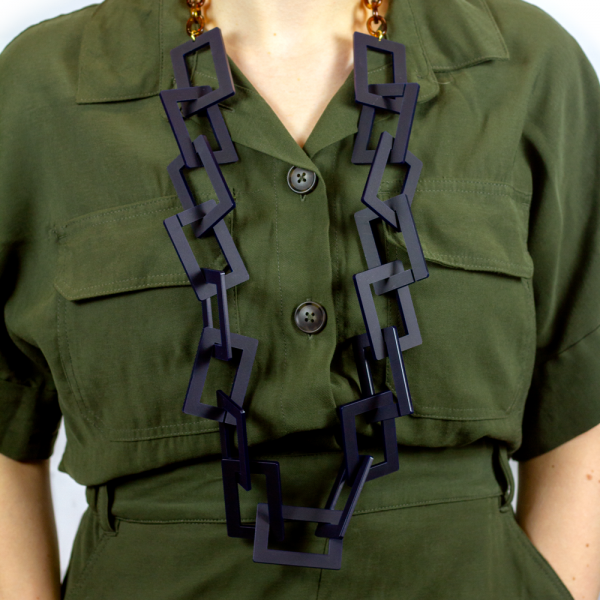 Toolally_Hemmingway_Long_Necklace_Navy_lifestyle