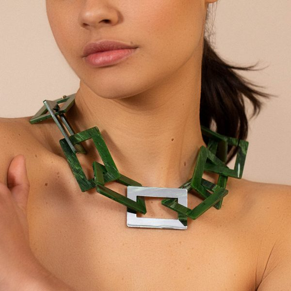 Toolally_Hemmingway_Necklace_Jade_Lifestyle