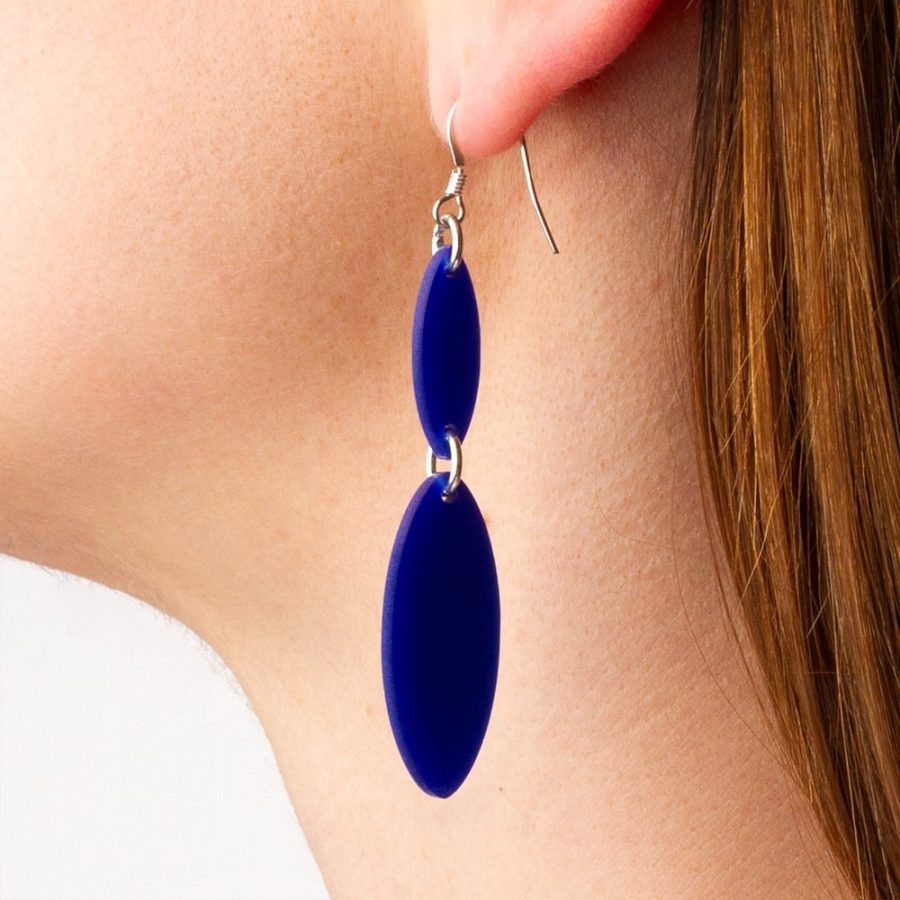Toolally_Recycled_18_Royal_Blue_Lifestyle_2