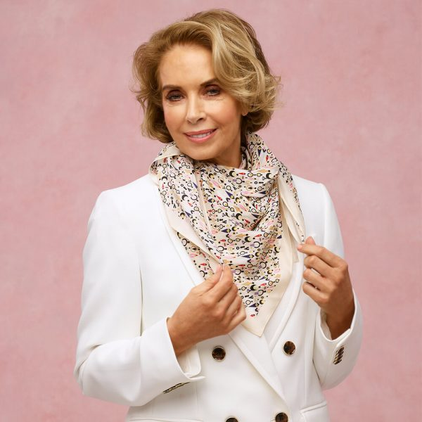 toolally_collection_scarf_beige_large_lifestyle_2