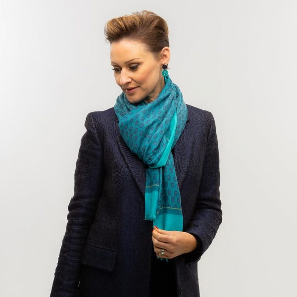 Toolally Houndstooth Scarf Turquoise Lifestyle 1 (2)