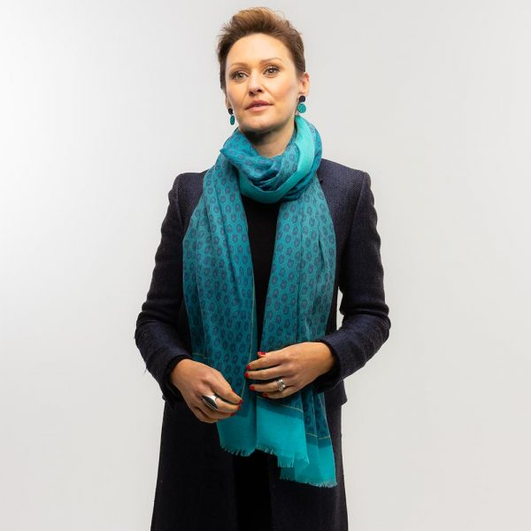 Toolally Houndstooth Scarf Turquoise Lifestyle 4