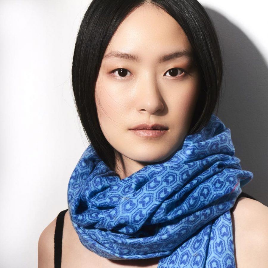 Toolally_Houndstooth_Scarf_Cobalt_Lifestyle