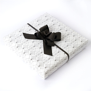 Toolally Cashmere Scarf Gift Wrap