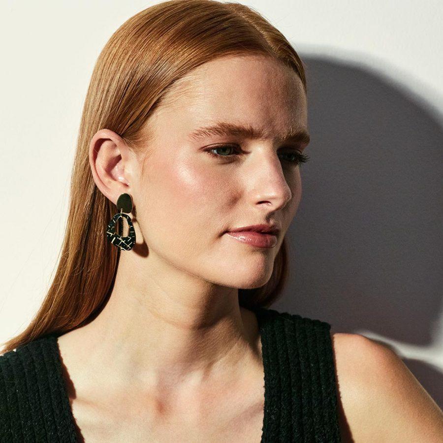 Toolally Earrings Pebble Drops Black Crackle Lifestyle