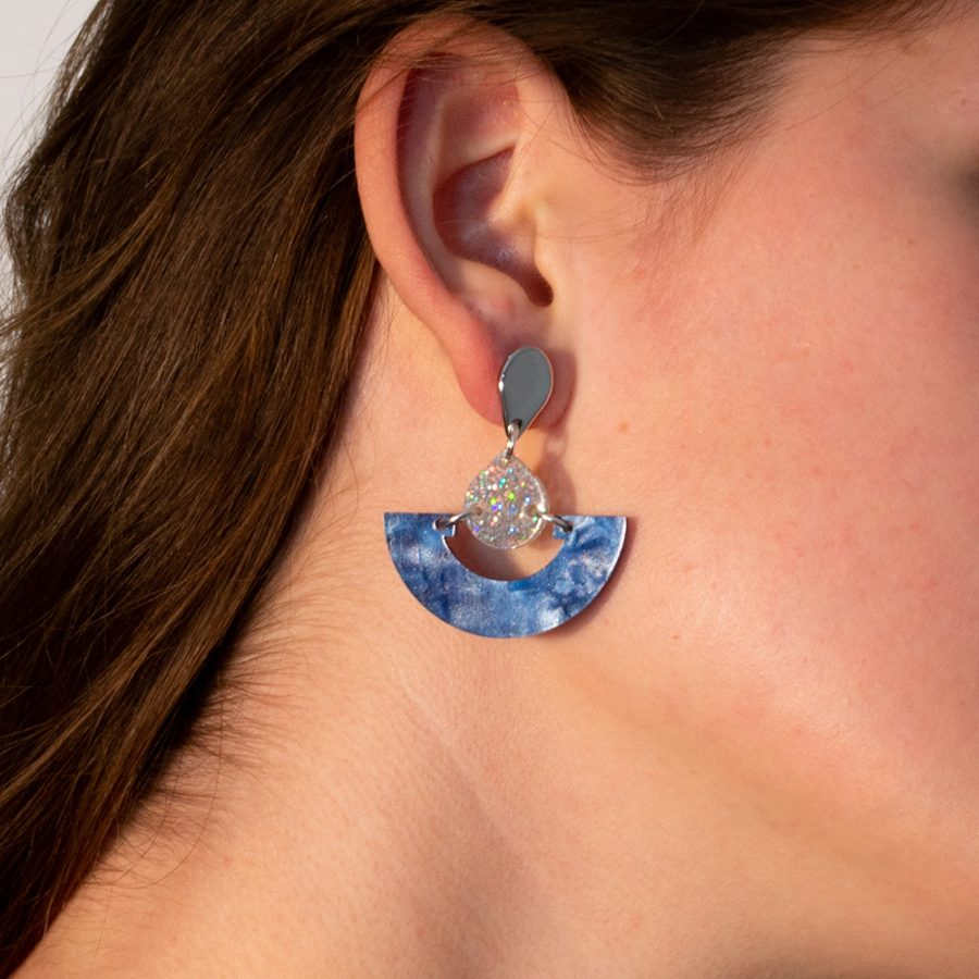 Toolally Earrings - Art Deco - Mini fans - Sapphire Pearl