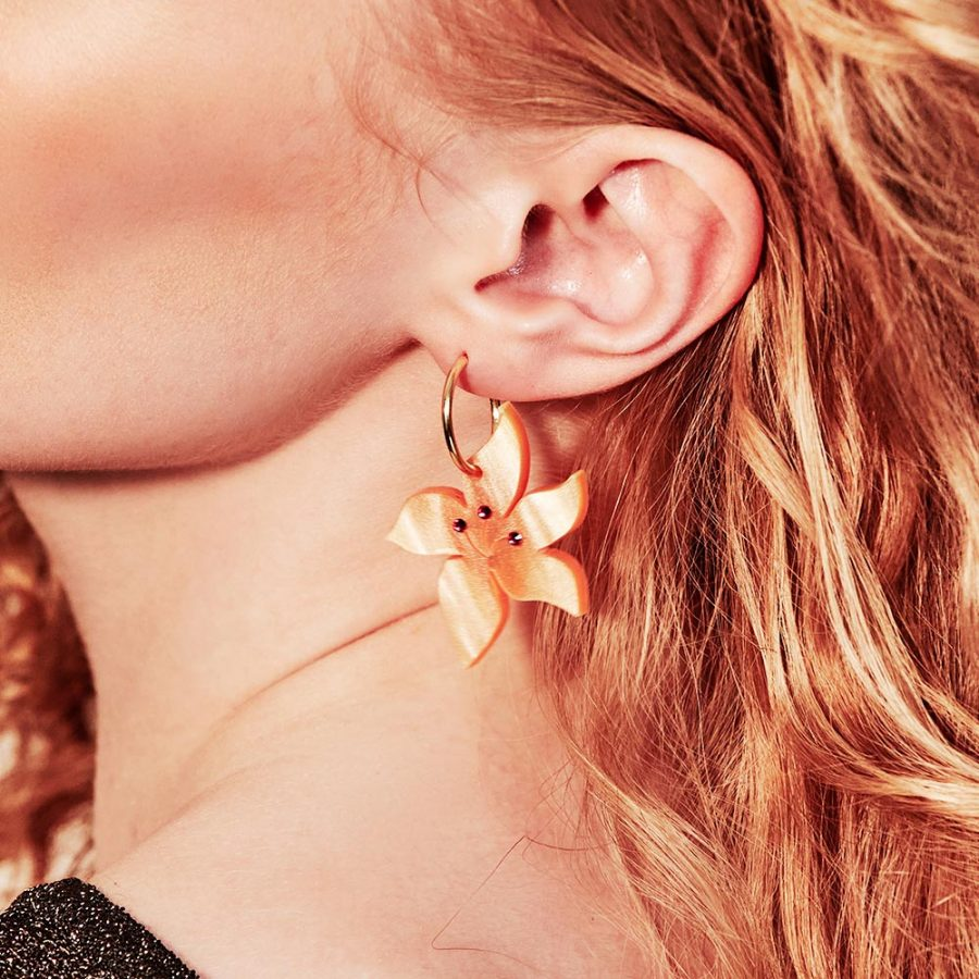 Toolally Earrings - Charming Hoops - Blossom Hoop - Orange Pearl