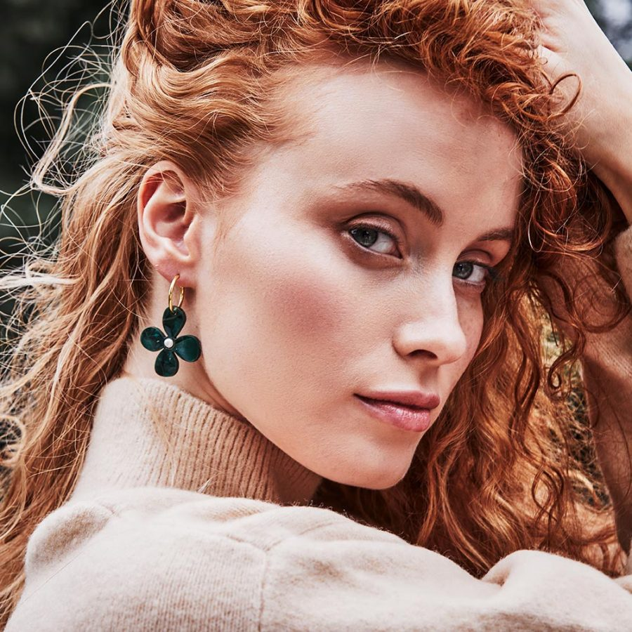 Toolally Earrings - Charming Hoops - Daisy Hoop - Emerald Pearl